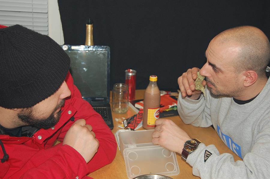 Aki & Dajanko i Labyrint cannabis